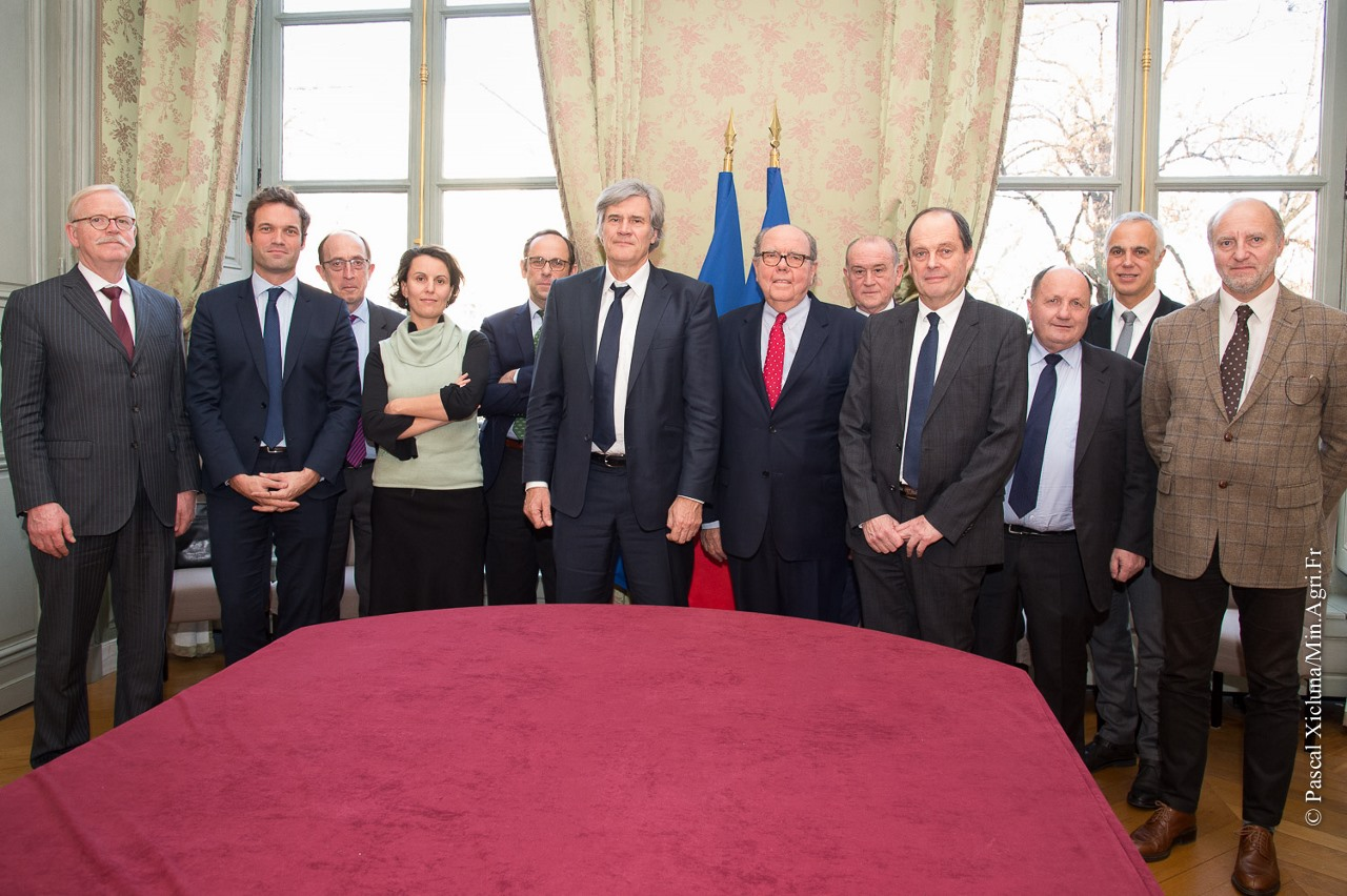 photo-groupe-1280x852